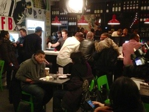 Vh1 s love hip hop filming at harlem food bar tonight for Food bar harlem