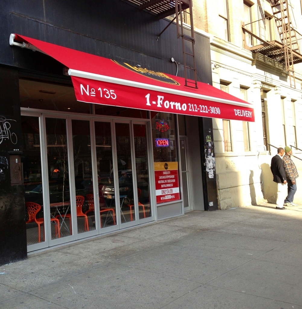 1Forno Pizzeria in Harlem joins the red awning club