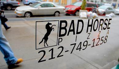 bad-horse-pizza-window